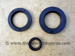 Oil Seal Set,Engine & Gearbox,Triumph 350/500 1957-62, distributor models.